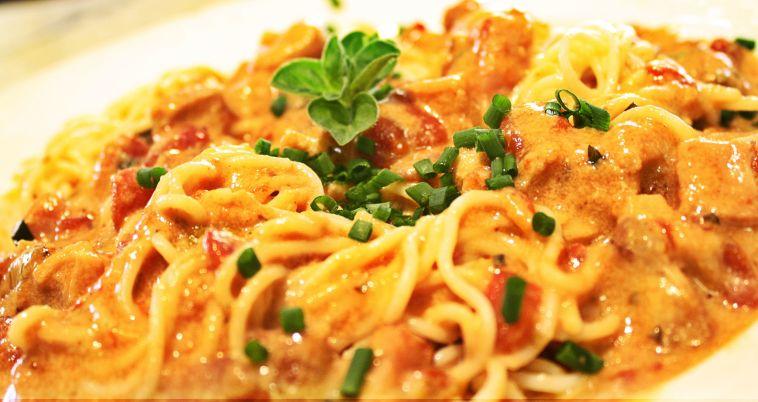 how to add oregano to pasta