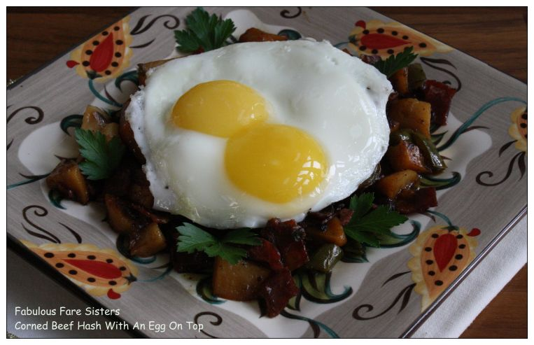 corned-beef-hash-with-an-egg-on-top-1