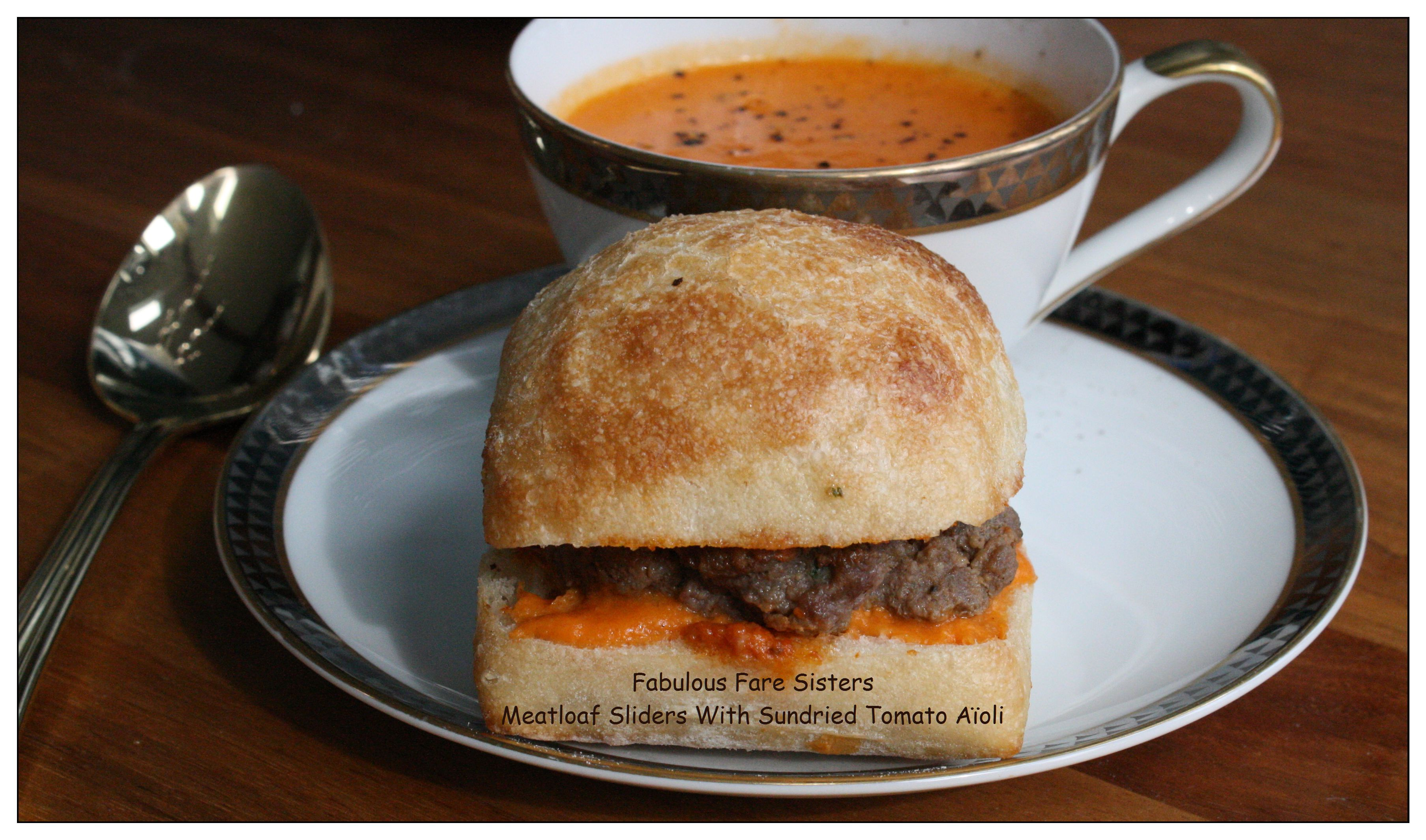 meatloaf-sliders-with-sundried-tomato-aioli-1